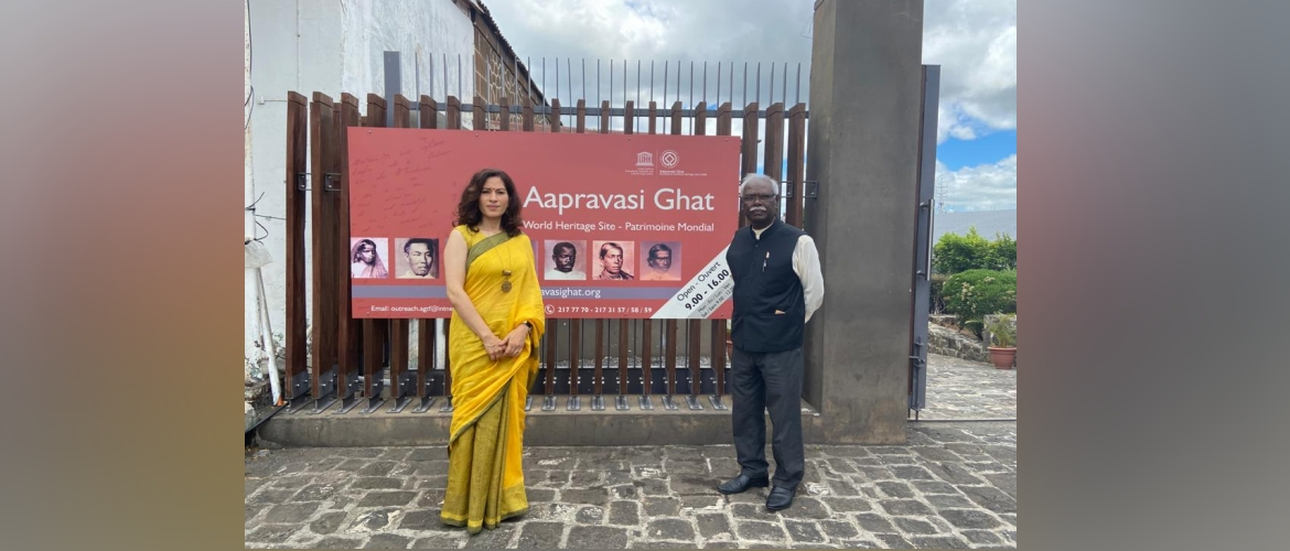 High Commissioner visited the historic Aapravasi Ghat World Heritage Site on the occasion of Pravasi Bhartiya Divas 2021