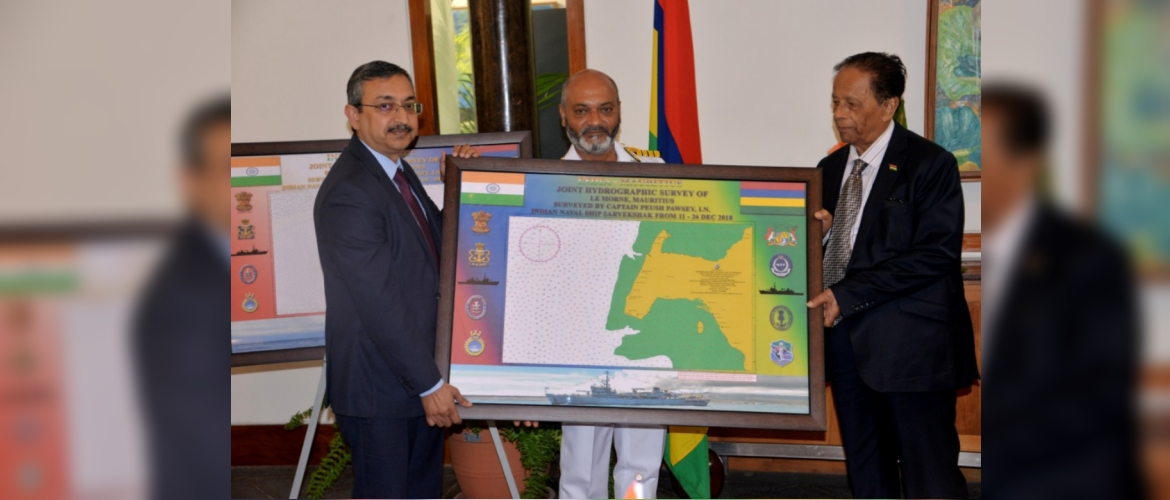 Presentation of hydrographic charts prepared by INS Sarvekshak for Mauritius to Minister Mentor Rt. Hon. Sir Anerood Jugnauth