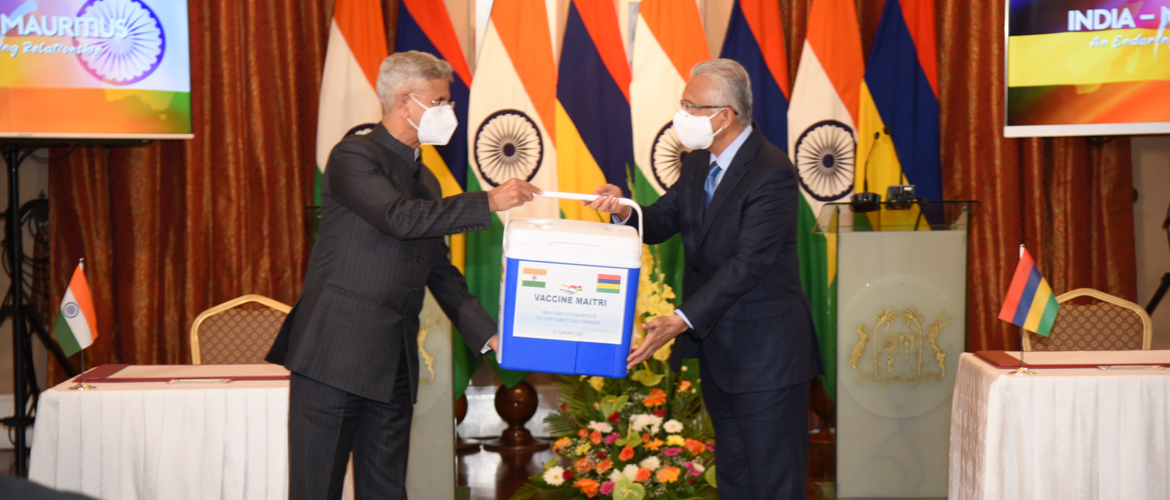 Visit of EAM Dr. S. Jaishankar to Mauritius (22-23 Feb 2021)<br> Handing over of commercial supply of Covid vaccines by EAM <br/> Dr. S. Jaishankar to PM Pravind Jugnauth