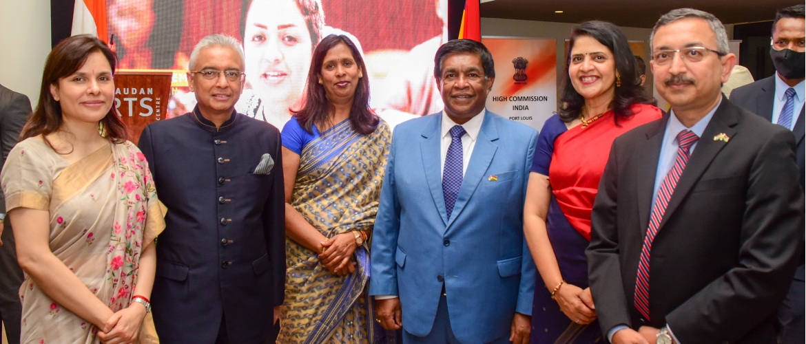Hon. President Prithvirajsing Roopun and Hon. Prime Minister Pravind Jugnauth 